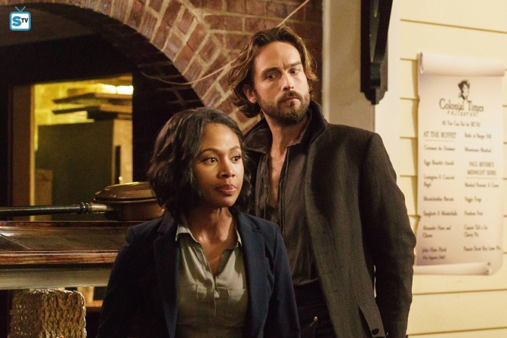 Sleepy-Hollow-season-3-Nicole-Beharie-as-Abbie-Mills-Tom-Mison-as-Ichabod-Crane